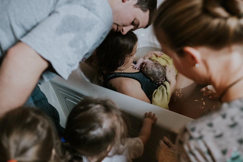IMG_0406J-Birthanchoragebirthphotographer.jpg
