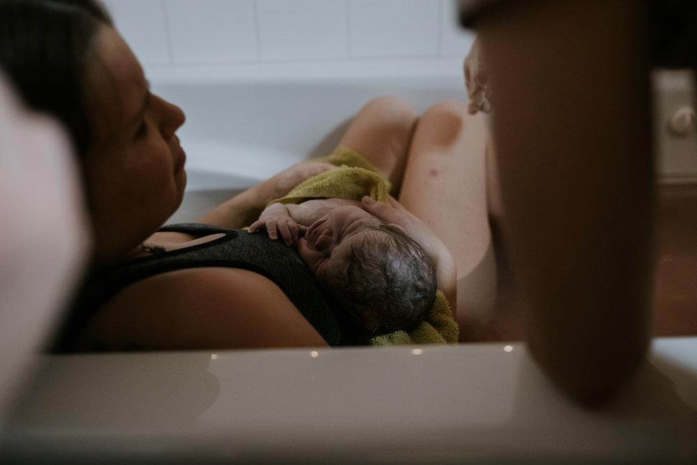 IMG_0442J-Birthanchoragebirthphotographer.jpg
