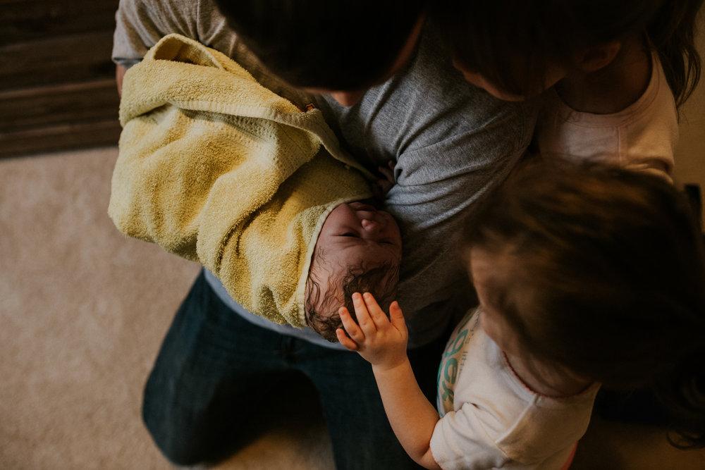 IMG_0536J-Birthanchoragebirthphotographer.jpg