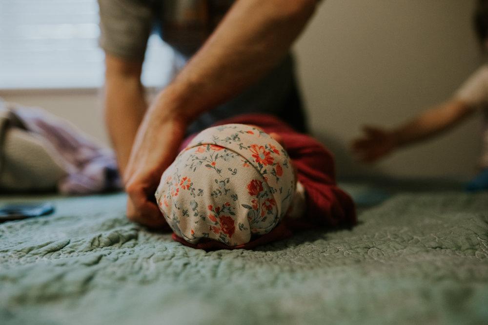 IMG_0910J-Birthanchoragebirthphotographer.jpg
