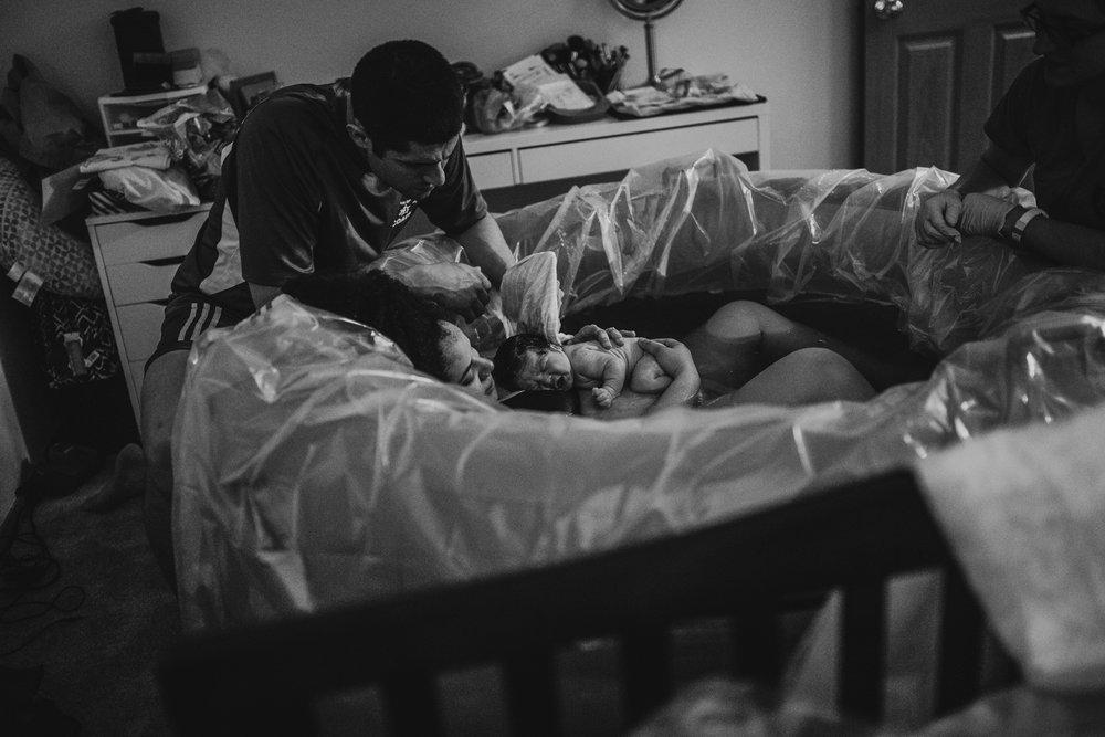 anchoragebirthphotographer28.jpg