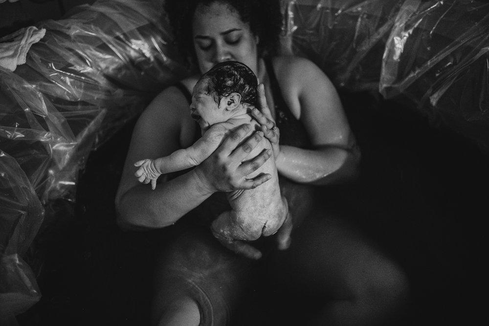 anchoragebirthphotographer34.jpg