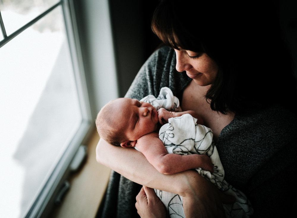 newbornphotographeranchoragemossandmyrrh2018315.jpg