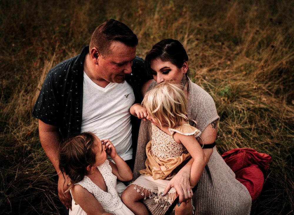 anchoragefamilyphotographer100.jpg
