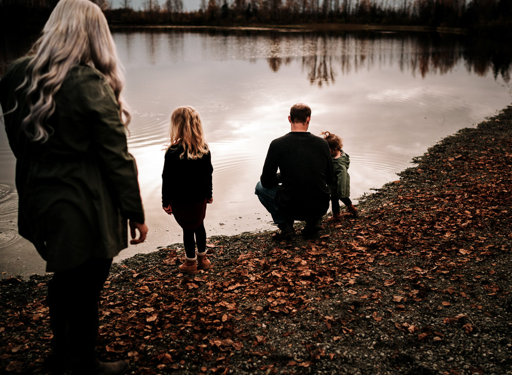 anchoragefamilyphotographerfall2018139.jpg