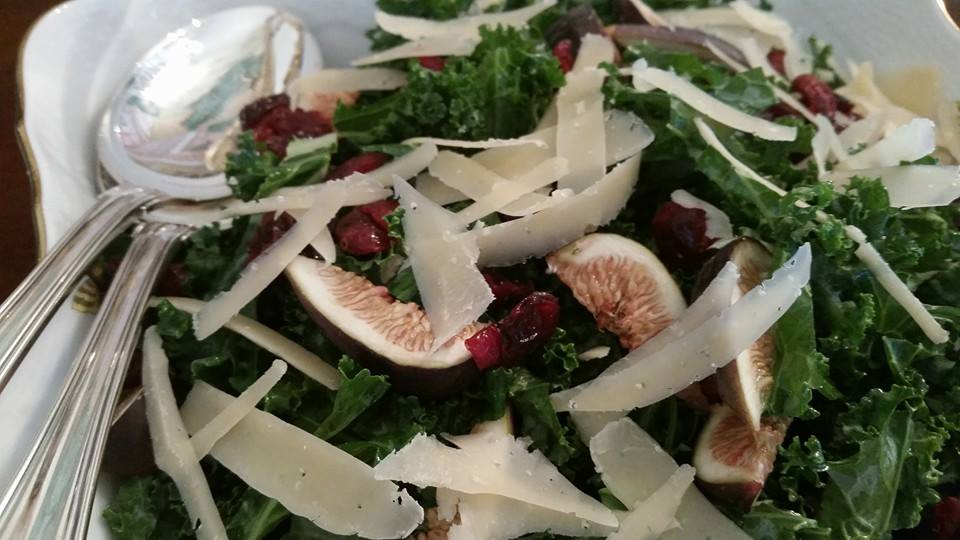 Kale and fig salad