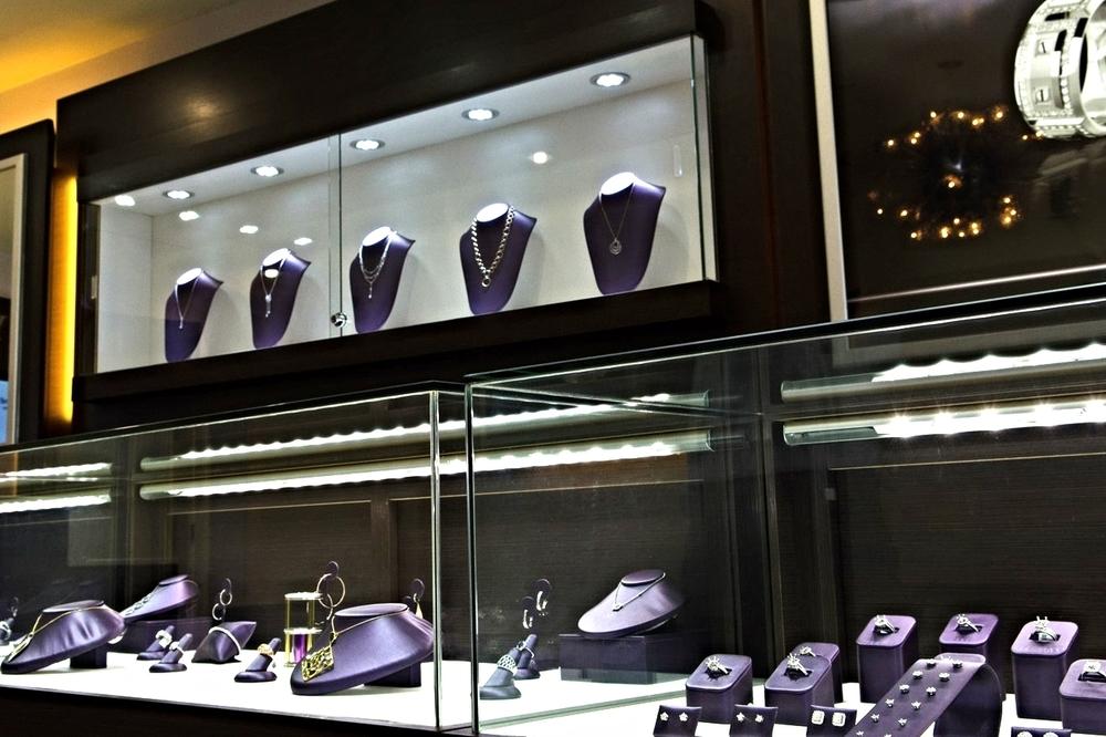 showroom-4.jpg