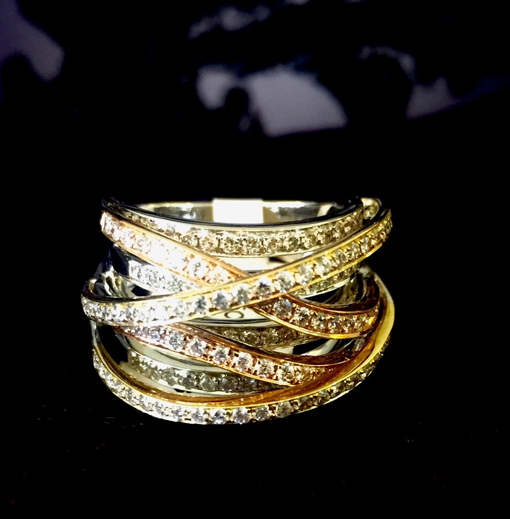 Gold_diamond_multiband_ring copy.jpg