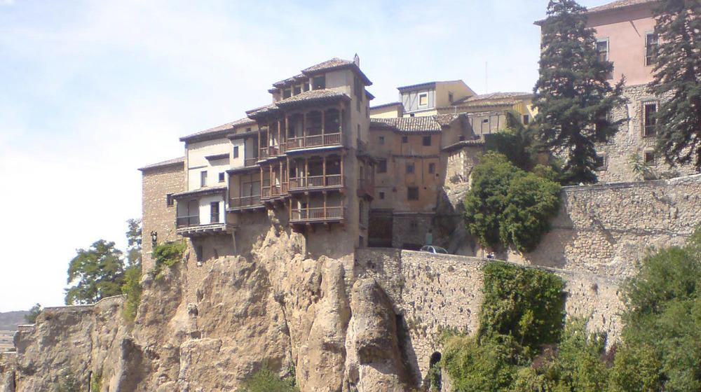 The hanging houses in Cuenca.jpg