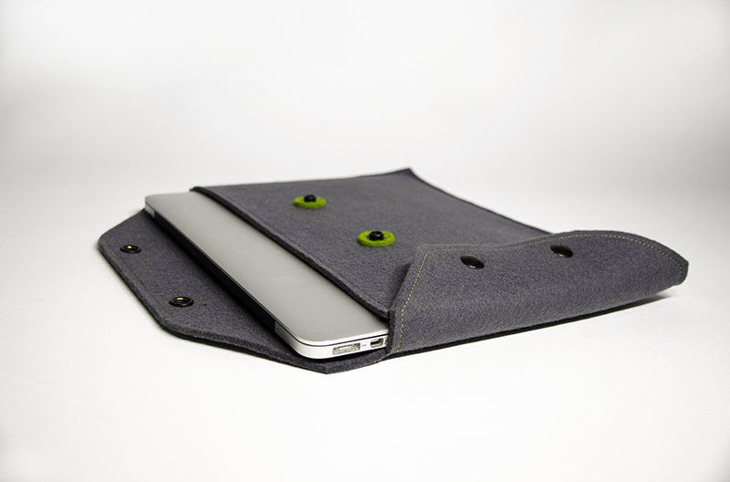 Adaptive Computer Case with Charger Pocket