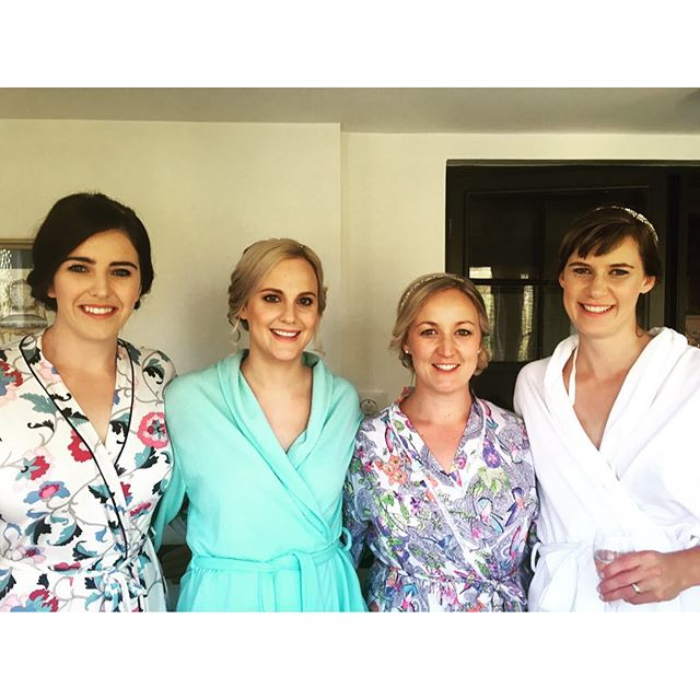 Beautiful bridal party! Lovely Autumn day in the Southern Highlands! BelleAllure worked with talented June Rose today. Hair & makeup by both of us! #belleallurebridal #bellealluremakeup #bridalmakeup #southernhighlandsbride #southernhighlandsmakeupartist #southernhighlandsweddings #junerosebridalmakeupandhair #peppersmanorhouseweddings #peppersmanorhouse