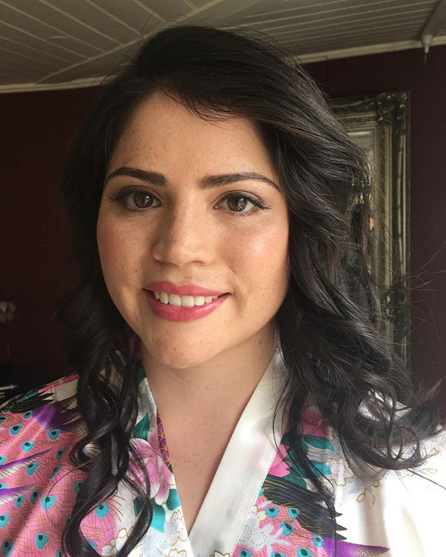 Gorgeous bride Allyson ~ wishing you an amazing wedding celebration! Makeup by @belleallurestylistandmakeup & hair by amazing Clare!  #bellealluremakeup #belleallurebridal #southernhiglandswedding #junerosebridalmakeupandhair