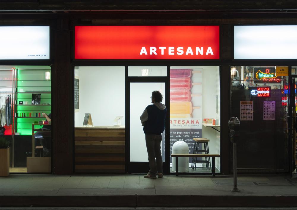 Artesana_PopUpStore_Front.jpg