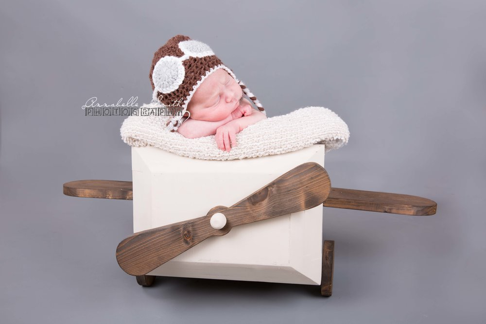 Newborn photography walton on thames, weybridge.jpg