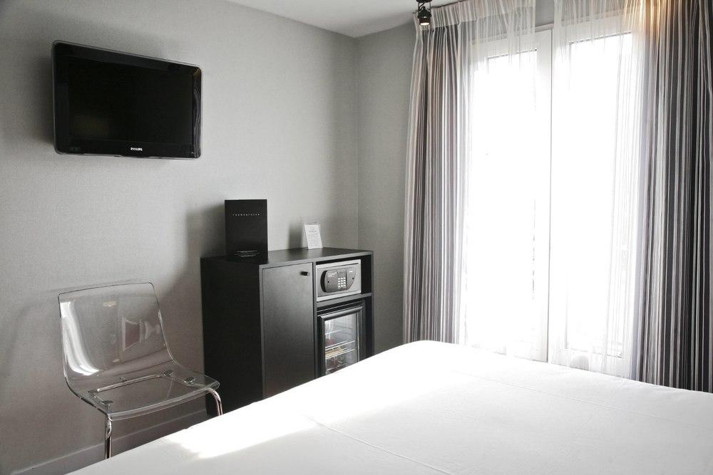 hotel12_o.jpg
