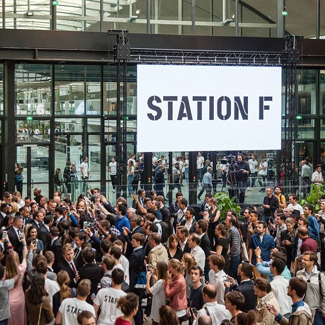 Reportage for @joinstationf for the Launch of the worlds biggest start-up Campus : STATION F, in Paris #stationf #1000 #startups #president #macron #work #photographer #paris #frenchpresident #frenchtech #speech @emmanuelmacron