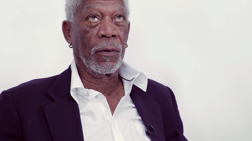 apr-19-morgan-freeman-recites-justin-bieber-lyrics