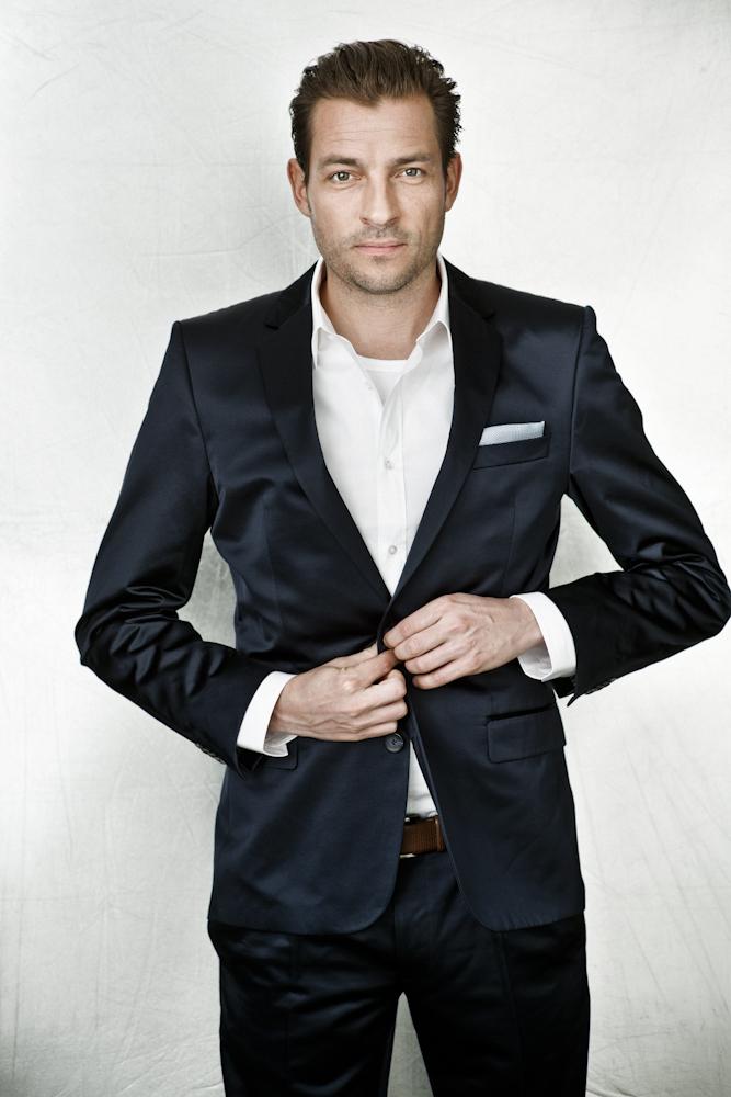 Adam Duvå Hall portræt