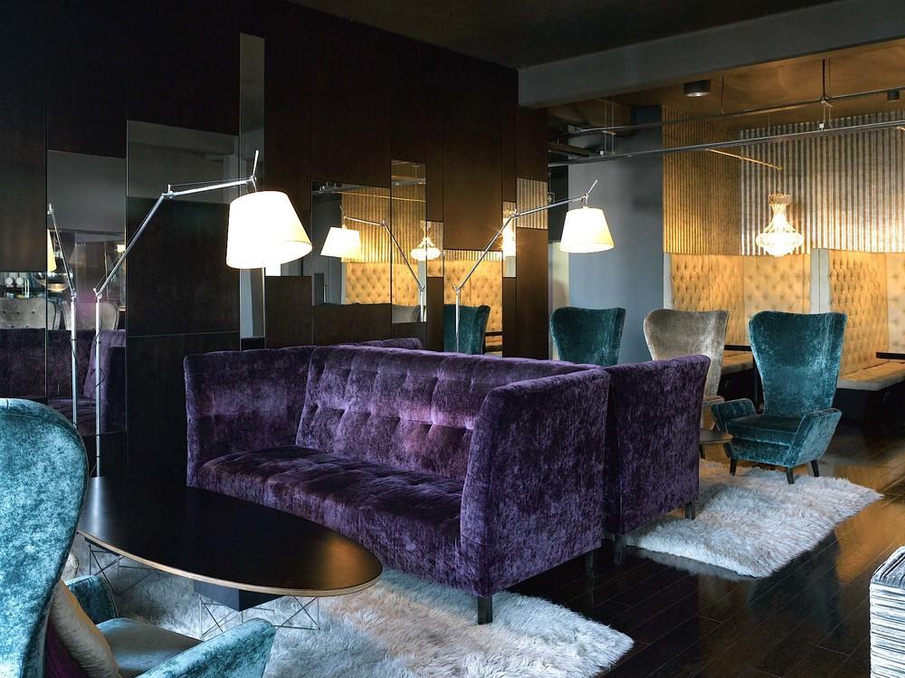 4.club room.jpg