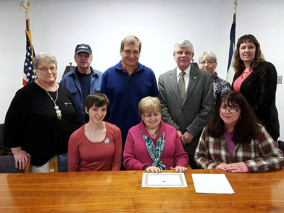 Top row: Mayor Dorothy Judy, James Judy, Bruce Kolsun, Lynn Phillips, Connie Collins, Melissa Jones  Bottom row: Sydney Haltom, Dr. Cynthia Kolsun, Kennetha Greenlief