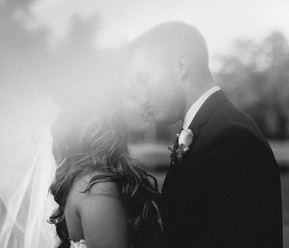 Creative Wedding Photographer that travels