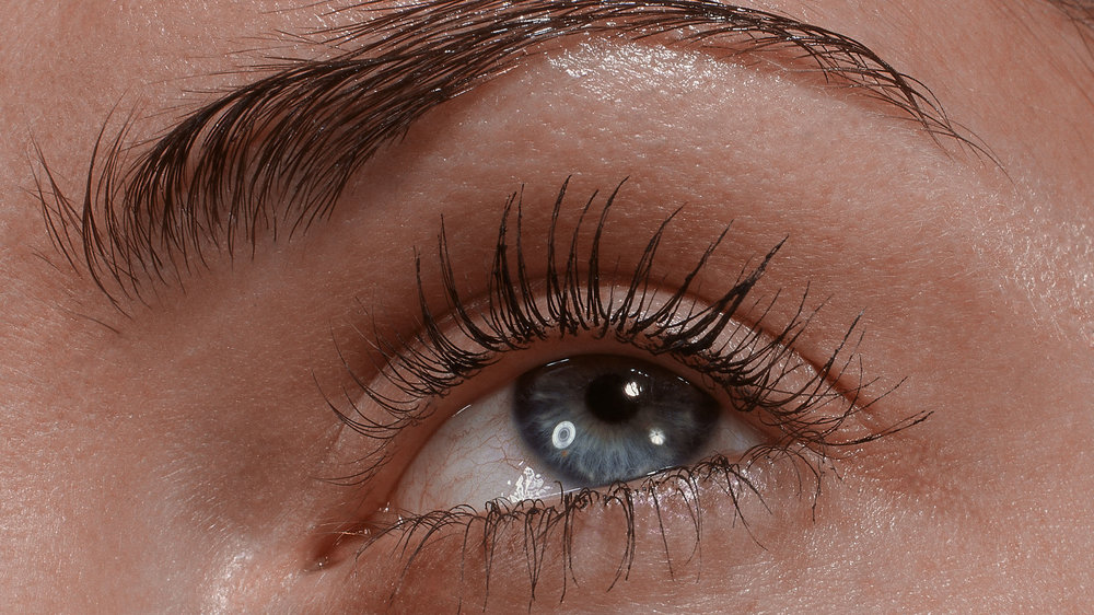 Female_Eye_up-close_Blecker_super_39-2.jpg