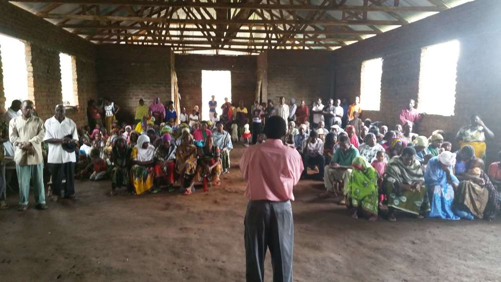 The people of Morogoro and Pastor Kassim. Mountaintoppers, you helped build his church building with your generous tithes!