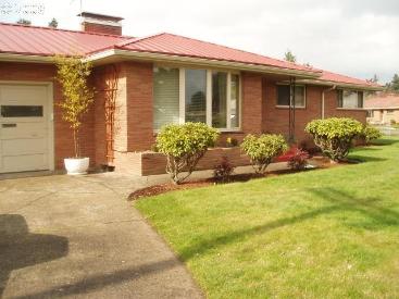 10705 NE Oregon Street
