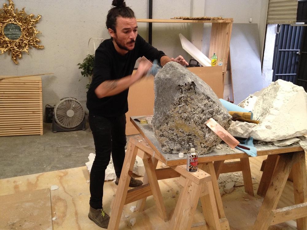 Jerónimo Reyes Retana Escultura en cemento