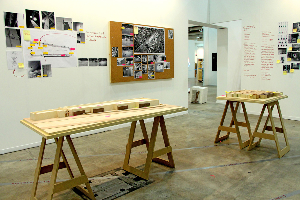 MIguel Monroy  Robbery to an art fair Zona Maco 2016