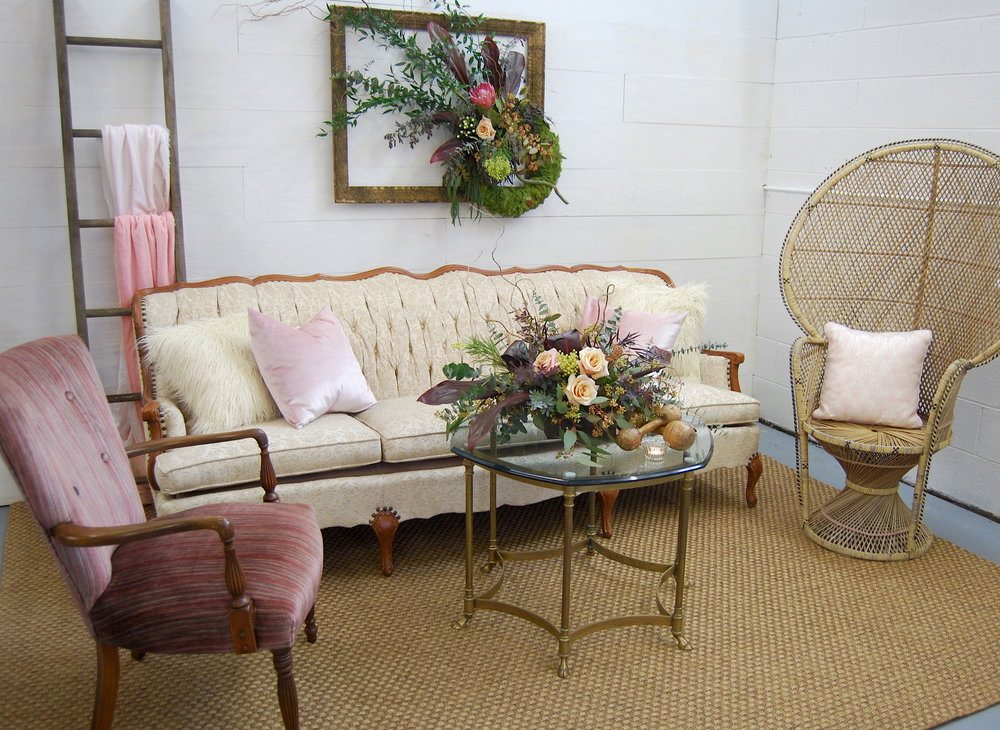 August Peacock Chair - Spruce Rentals