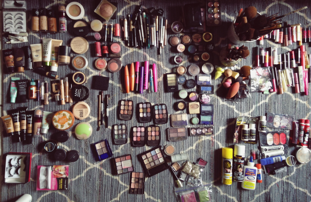 the-weekend-gypsy-makeup-collection-organization