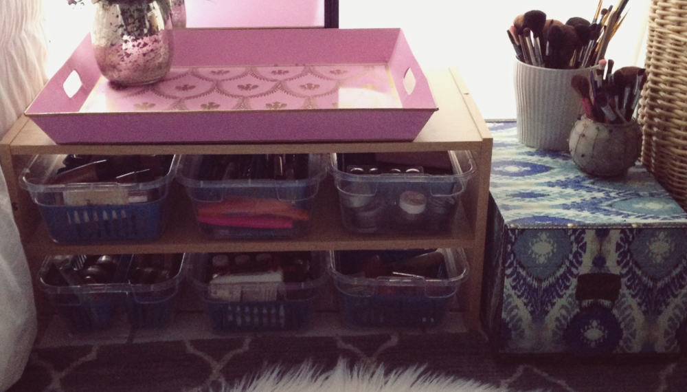 the-weekend-gypsy-makeup-collection-organization-diy