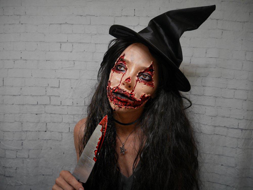 glam-gore-pumpkin-halloween-makeup.jpg