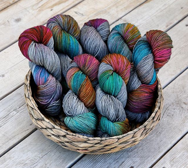 "We're having a dyed to order sale this weekend! Save 10% off your order of $100 or more this weekend only when you use the coupon code ""HAPPYWEEKEND"" at checkout. The discount applies to all in stock dyed to order yarns, bags, totes, pouches and tins! I've added a bunch of dyed to order options for the duration of the sale, including Knit Night (pictured). Shop link in profile ✨  #HAPPYWEEKEND #freakinweekend #knittersofinstagram #knitting_inspiration #handdyedyarn #yarnlove #sweetfiberyarns #knitnight #knitting #sockyarn #yarn"