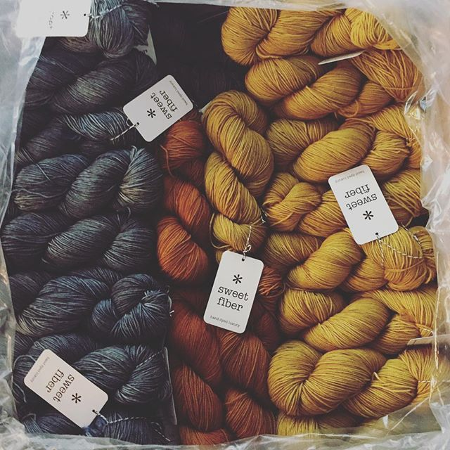 Packing up TWO huge boxes of Cashmerino 20 for #knitcity2016 ✨  #sweetfiberyarns #handdyedyarn #knittersofinstagram #yarnlove #dyersofinstagram #yarn #knitting #shawljoy #cashmerino20 #cashmereforever