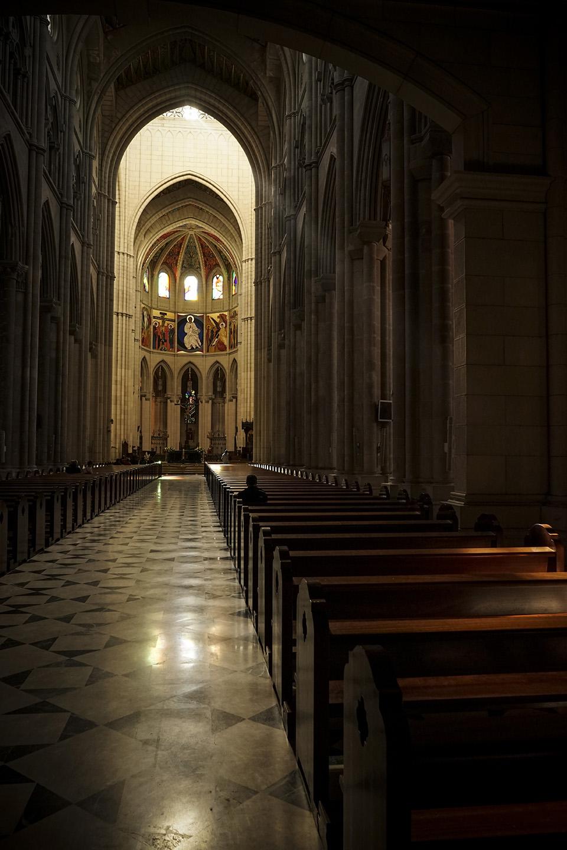 Madrid Cathedral 001.jpg