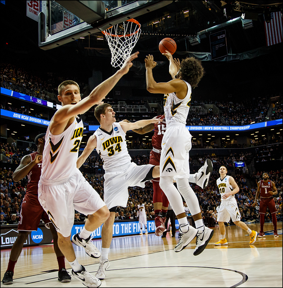 during their first round NCAA championship game on Friday, March 18, 2016 in New York City,New York.
