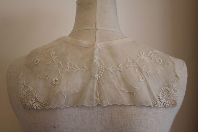 Pearl Button sailor collar