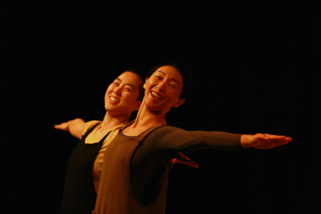 "Artist: Maree ReMalia as part of ""Double Agency"" on June 4. Image: Daegu International Dance Duet Festival"