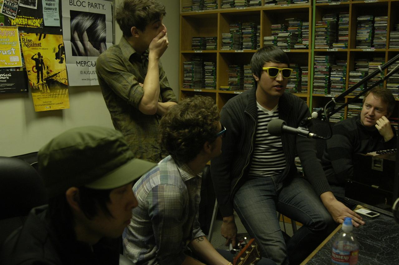 KSCU 103.3FM 04/10/09
