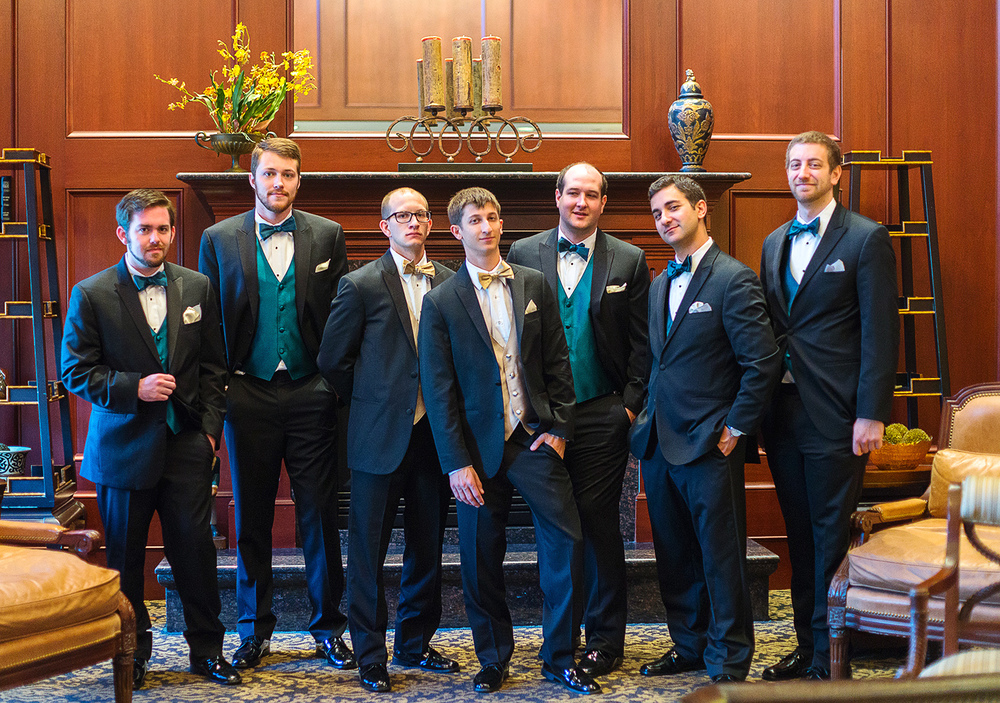Groomsmen getting ready at Springfield Golf and Country Club
