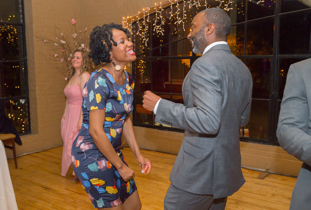 Guests dancing at Hagerstown wedding reception in maryland