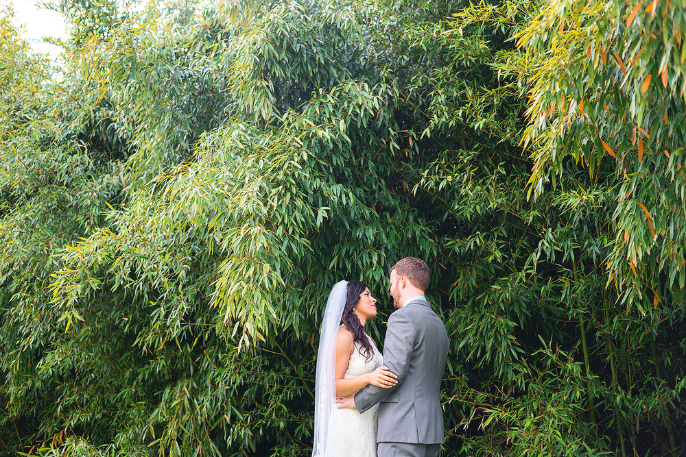 Bamboo wedding photos at Rosedale Manor at Greenwell state park