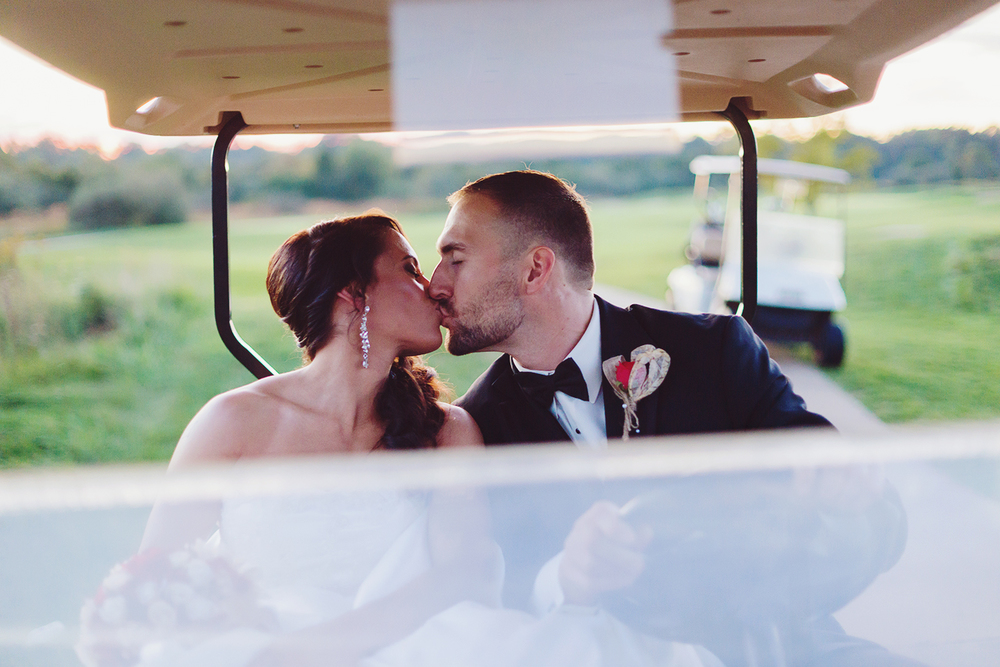 Bride and groom at Bristow Manor golf club in Virginia