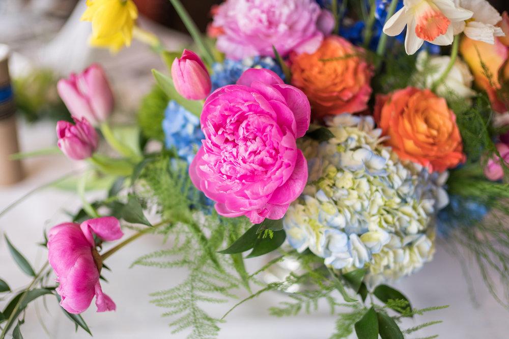 Kentlands Flowers and Bows wedding flowers in Gaithersburg