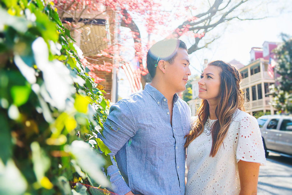 Downtown Annapolis Maryland spring engagement session photos