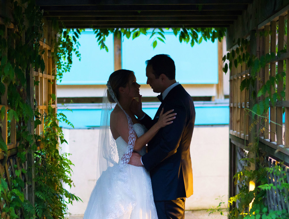 Gorgeous wedding photos at La Ferme restaurant reception
