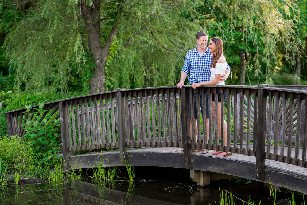 Meadowlark botanical gardens engagement session in summer