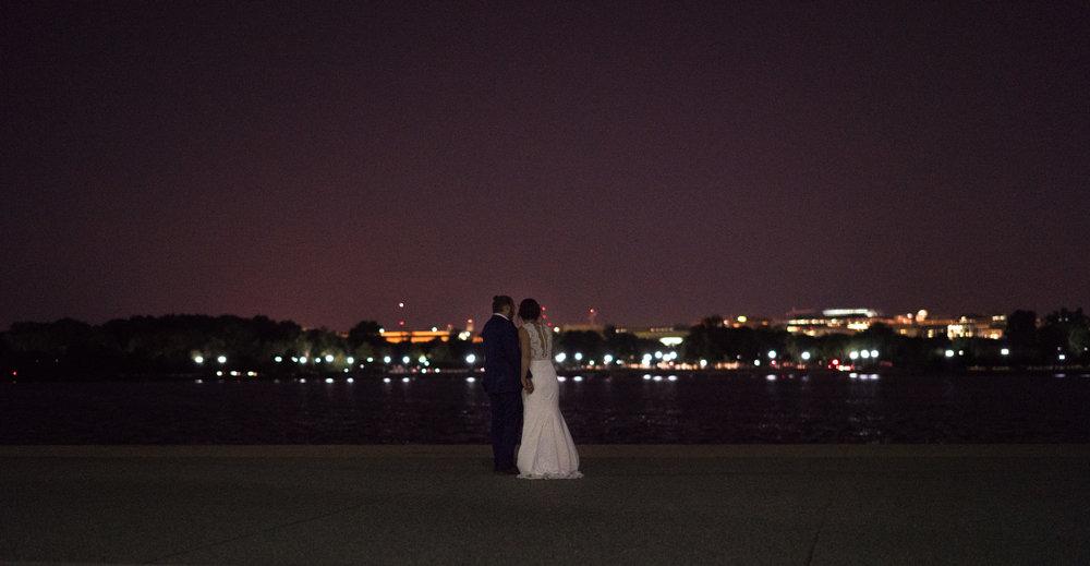 Thomas Jefferson photos with bride and groom